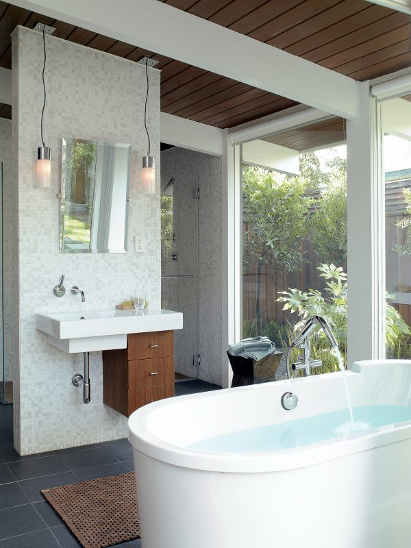 15 Shower   Bathtub Designs Sunset Magazine Medium