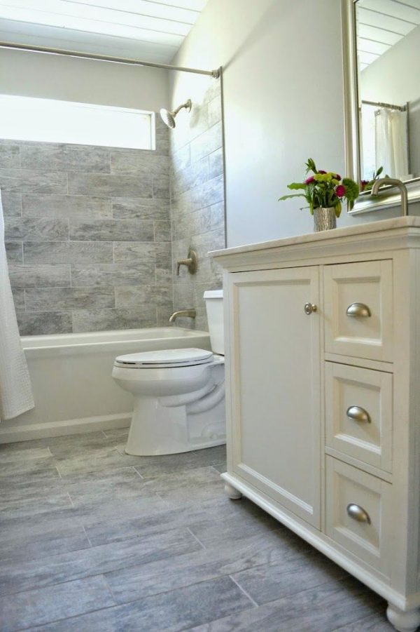 Our Favorite Best 25  Inexpensive Bathroom Remodel Ideas On Medium
