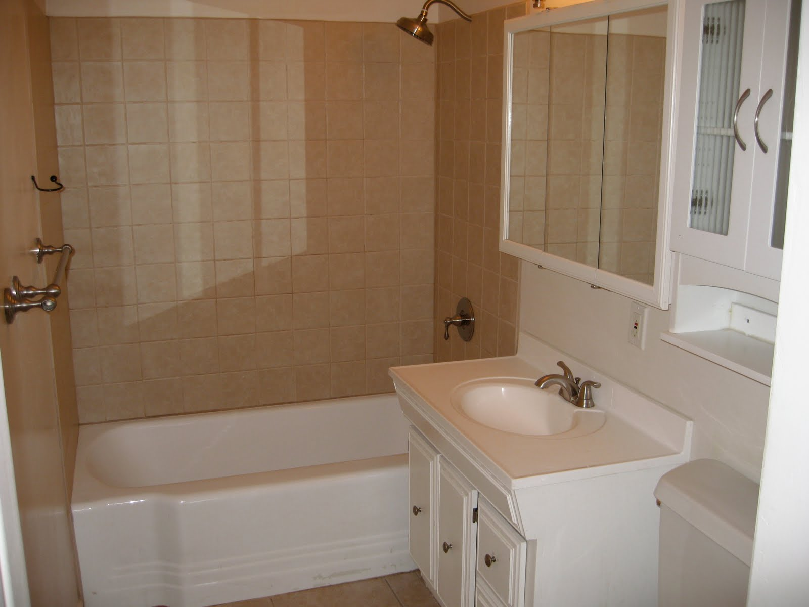 we share beautiful bathrooms images with simple bathtub liners and
