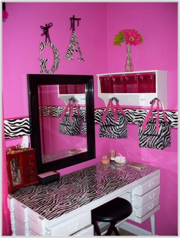 We Share Pink And Black Zebra Bedroom Decor Bedroomhome Medium