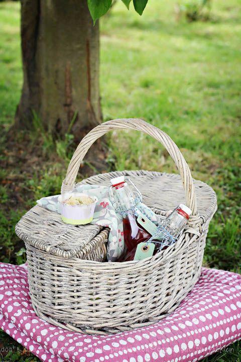 Inspiration The Perfect Picnic Basketinspiration Book Medium