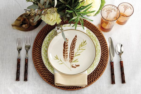 Popular 15 Holiday Place Setting Ideashow To Decorate Medium