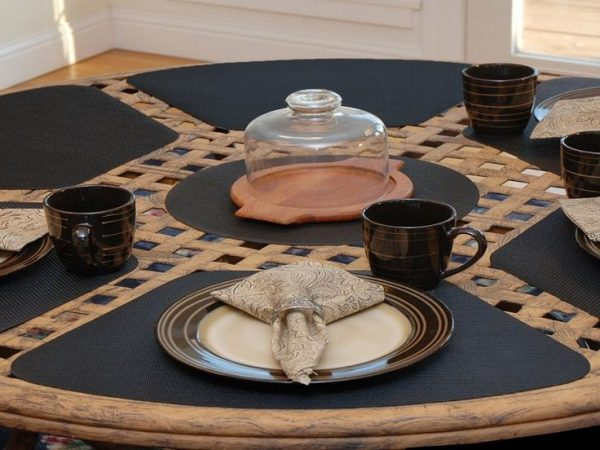 Best 17 Best Ideas About Placemats For Round Table On Medium