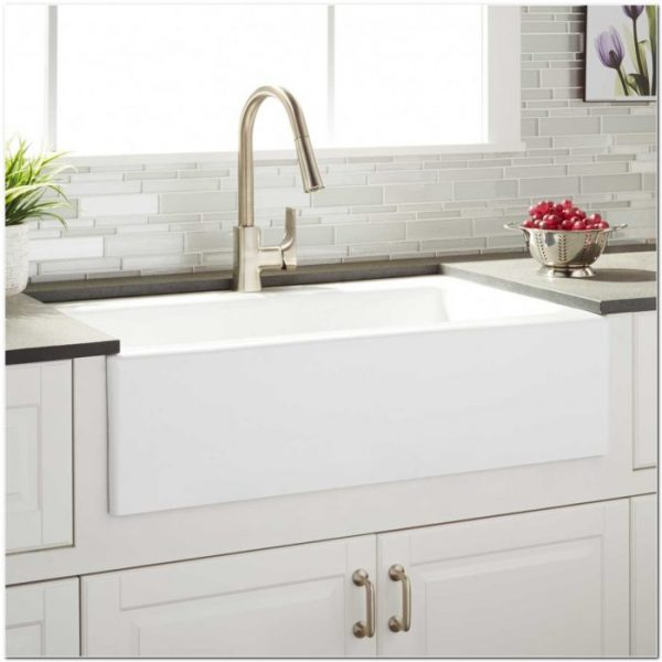 Explore Farmhouse Kitchen Sink Cast Iron Sink And Faucethome Medium