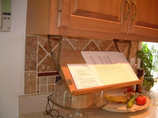 Inspirational 15 Smart Organizing Tips For The Kitchen  Apartment Geeks Medium