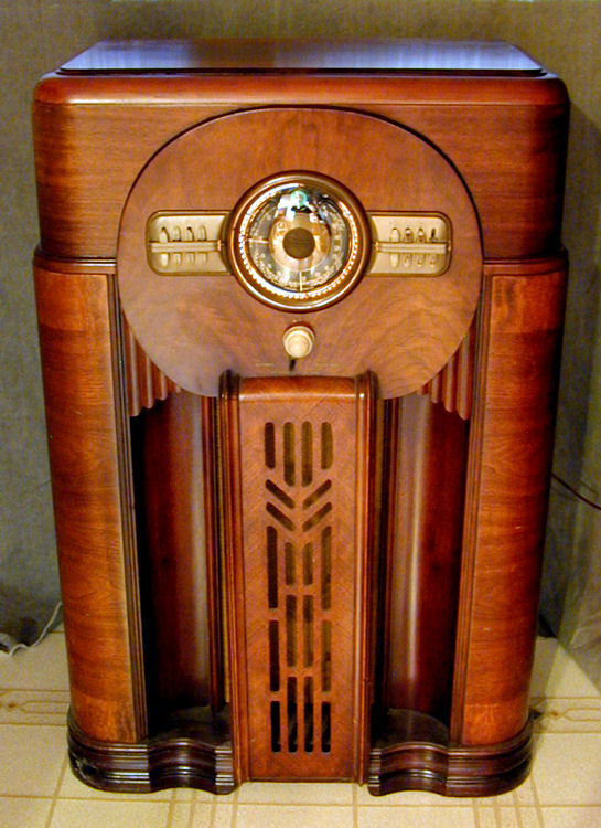 Search Zenith Model 12s471 Console Radio 1940 Medium