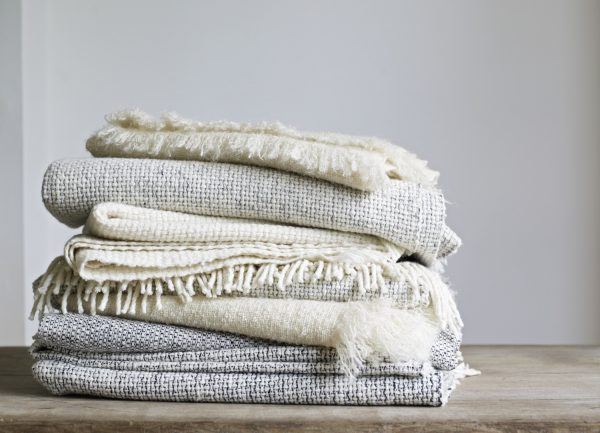 Style Throw Blankets For Spring And Summer