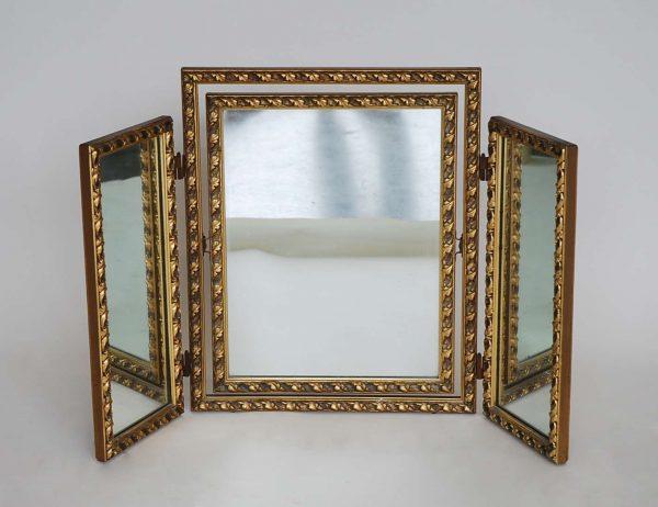 Best Interior Top Notch Table Three Way Vanity Mirror For Your Medium