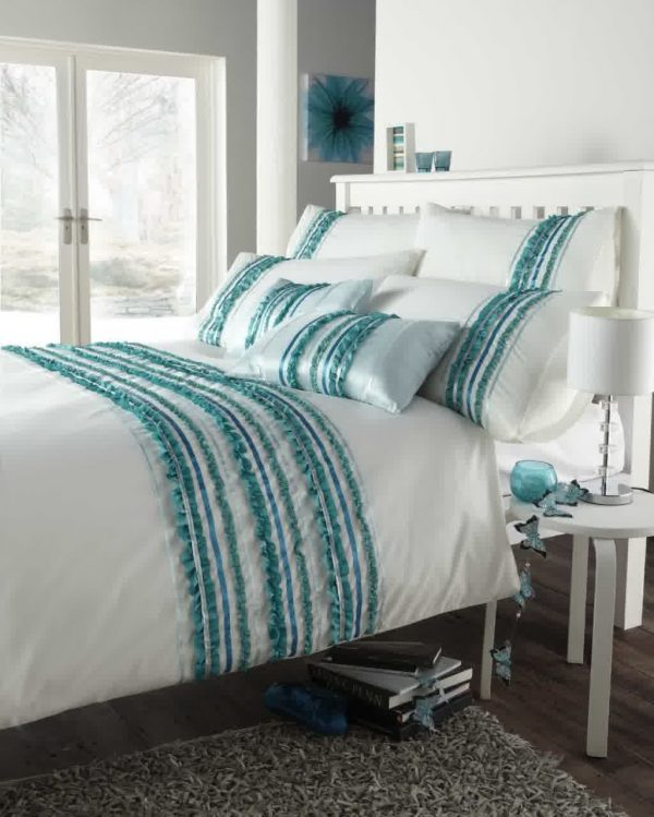Bore Turquoise And White Bedding Set Product Selectionshomesfeed Medium