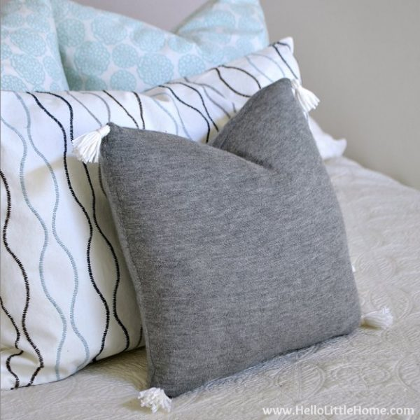 Clever Diy Cashmere Sweater Pillow Cover Medium