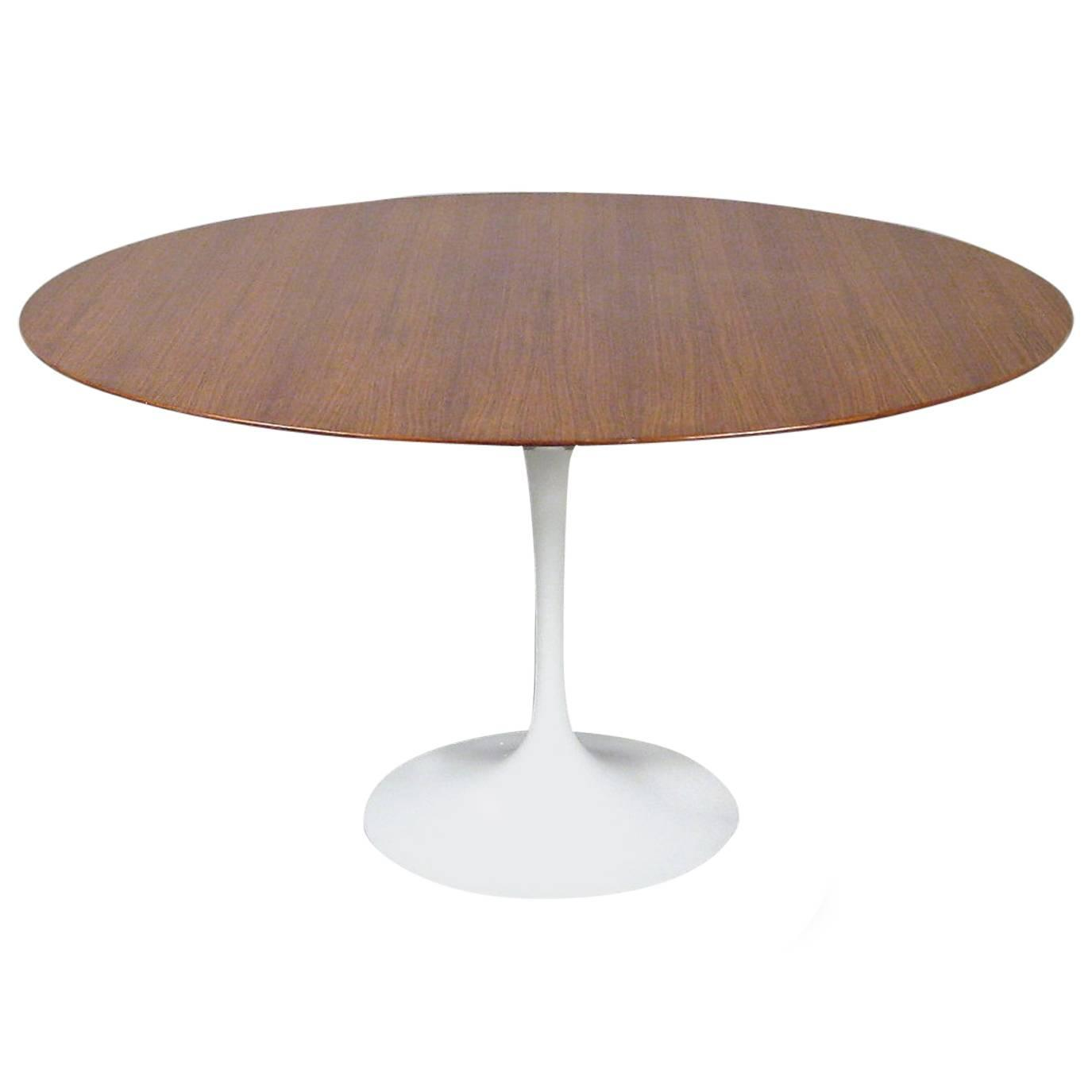clever eero saarinen tulip dining table by knoll circa 1960