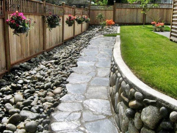 Clever Island Pacific Landscaping Medium