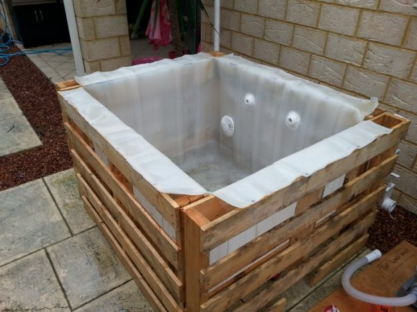 Clever Learn How To Build A Plunge Pool With Pallets And An Ibc Medium