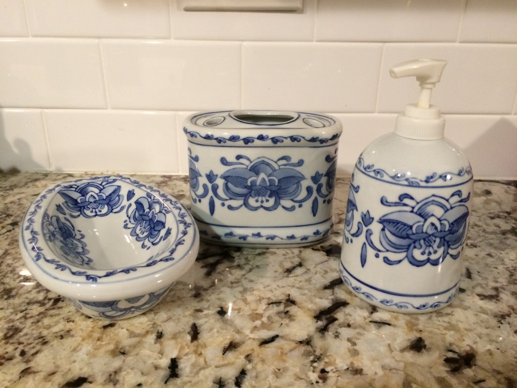 clever letgo blue and white bathroom accessories in atwood ca