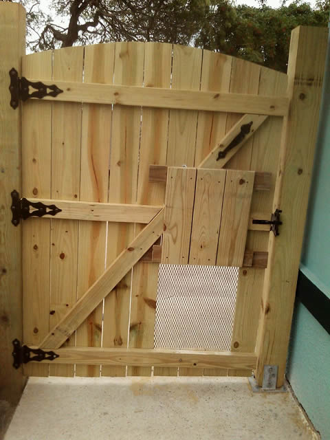 Clever To Build A Wooden Gate For Fence Gate Medium