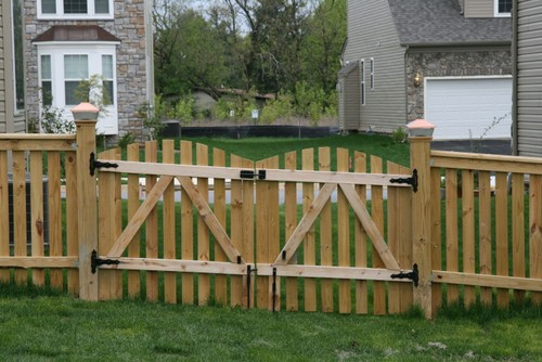 Creative Double Wood Fence Gate Medium