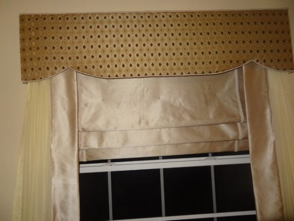 Creative   Traditional Style Window Treatments Swags Jabots Medium