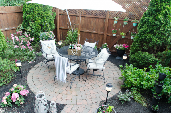 Creative Urban Backyard Makeover With Outdoor Mosquito Repellent Medium