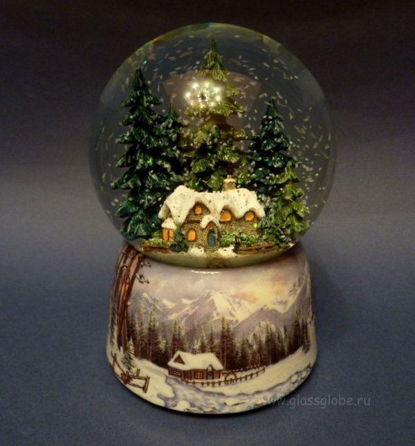 Explore 1000  Images About Snow Globes On Disney Medium