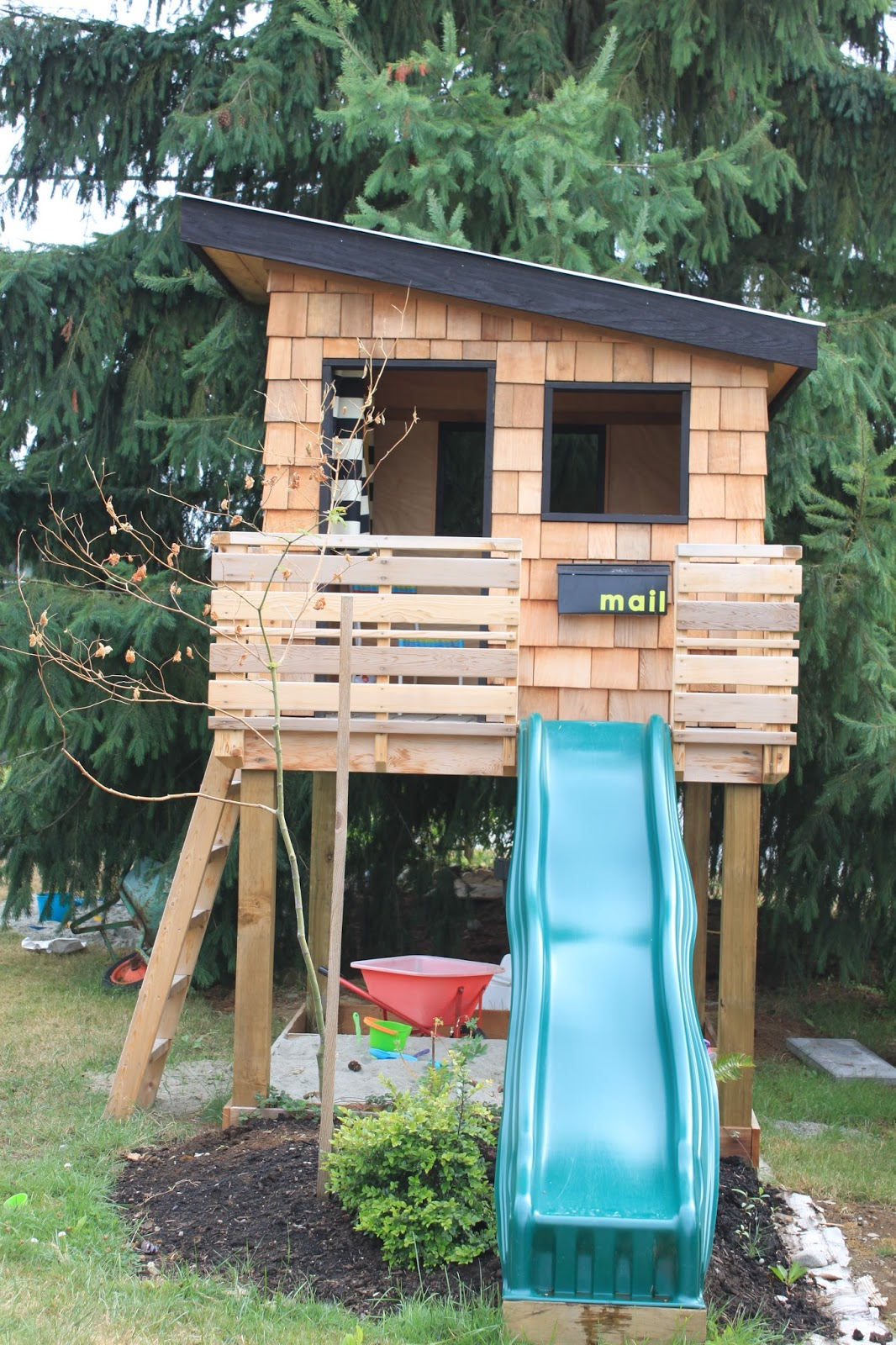 explore 15 pimped out playhouses your kids need in the backyard