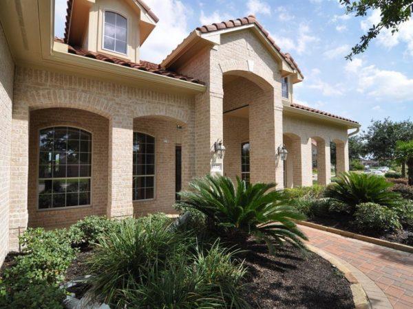 Explore Exterior Foxy Westport Home Houston Themed Decoration Medium