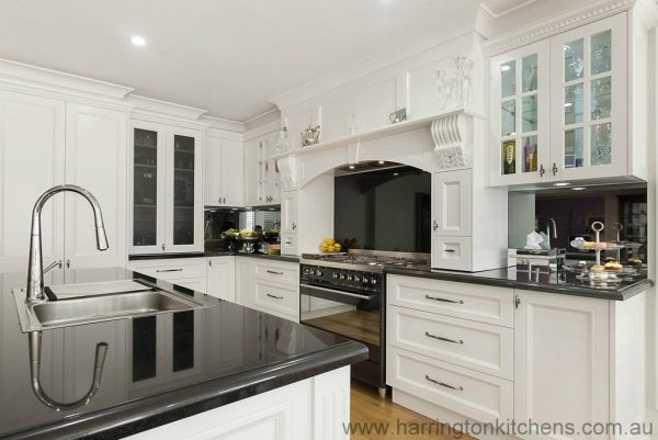 Explore Hampton Style Kitchen Galleryharrington Kitchens Medium