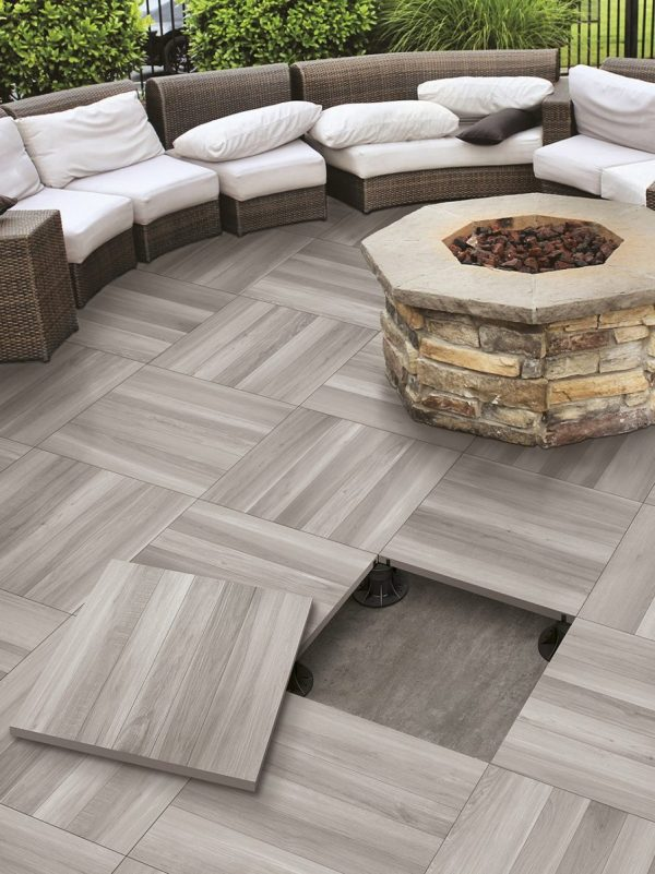 Explore Top 15 Outdoor Tile Ideas   Trends For 2016 2017