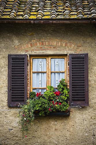 Explore Tuscan Window San Gimignano Flickr Photo Sharing Medium