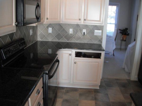 Fresh Uba Tuba Granite Goes Great With White Cabinets Medium