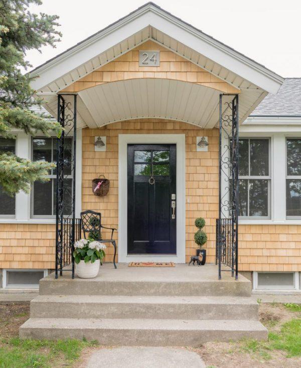 Get 39 Cool Small Front Porch Design Ideas Digsdigs Medium