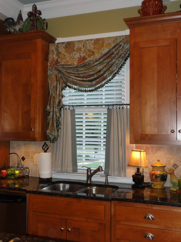 Get Kitchen Curtains Ideas For Different Room Situations Medium