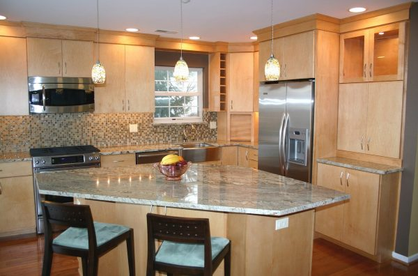 Innovative 12 Best Of Kitchens With Light Maple Cabinets Medium