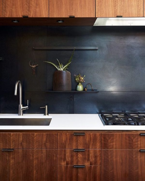 Innovative Best 25  Black Backsplash Ideas On Kitchen Medium