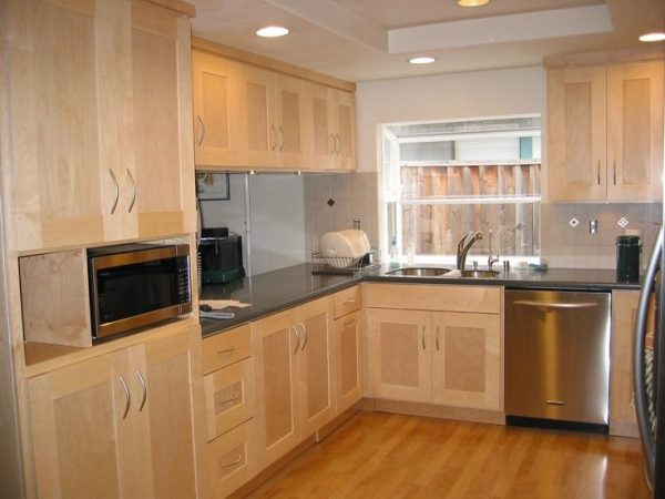 innovative light maple kitchen cabinets image onlyniviyas light medium