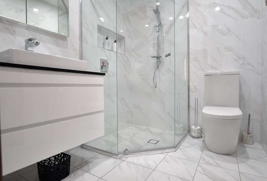 innovative make your small bathroom look large with these 7 easy tips
