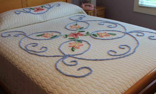Innovative Vintage Chenille Bedspread Beach Cottage New Unused Medium