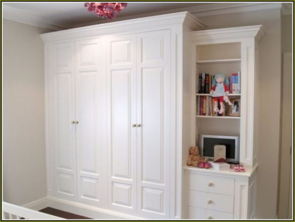 Inspiration 17 Best Ideas About Wardrobes With Sliding Doors On Medium