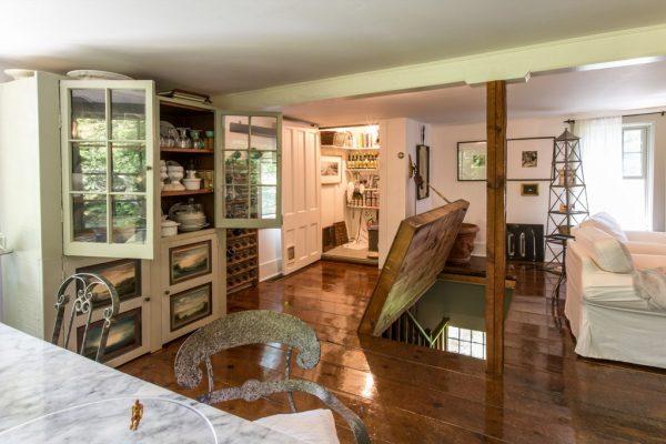 Inspiration Homes With Hidden Rooms And Passageways Cbs News Medium