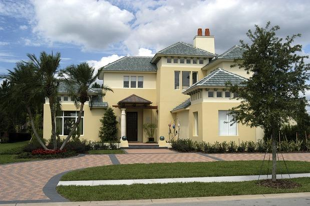 inspiration is synthetic or traditional stucco siding better for your