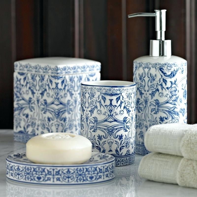 inspirational blue and white bathroom accessories  cazarebucurestiinfo