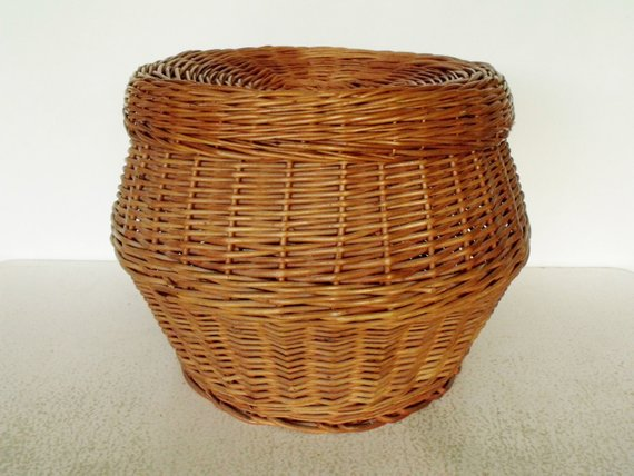 Inspirational Large Round Wicker Basket Hassock Ottoman With Pillow Top Seat Medium