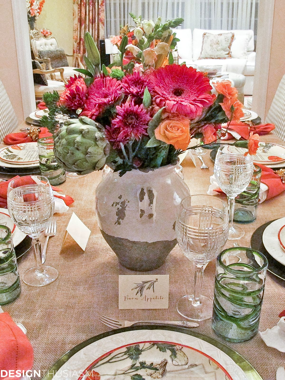 inspirational simple tuscan tablescape ideas for an italian themed party