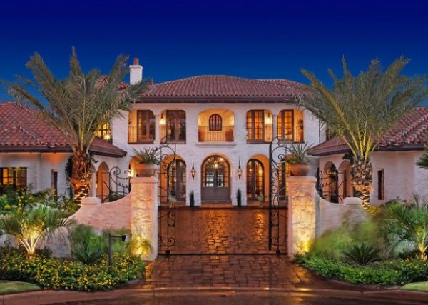 Our Favorite 18 Stunning Hacienda Style Houses Style Motivation Medium