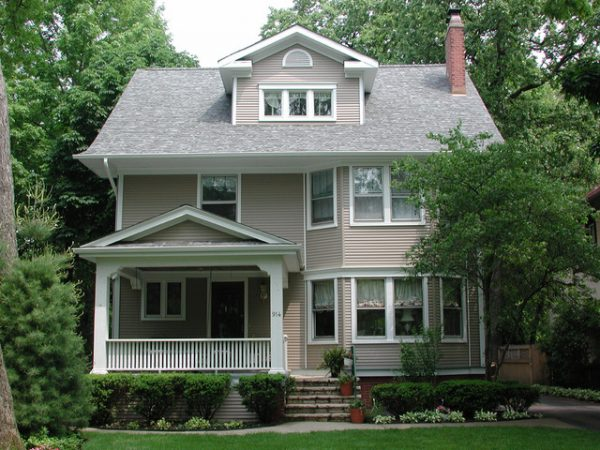 Our Favorite Wilmette Il Craftsman Style Home Vinyl Siding Medium