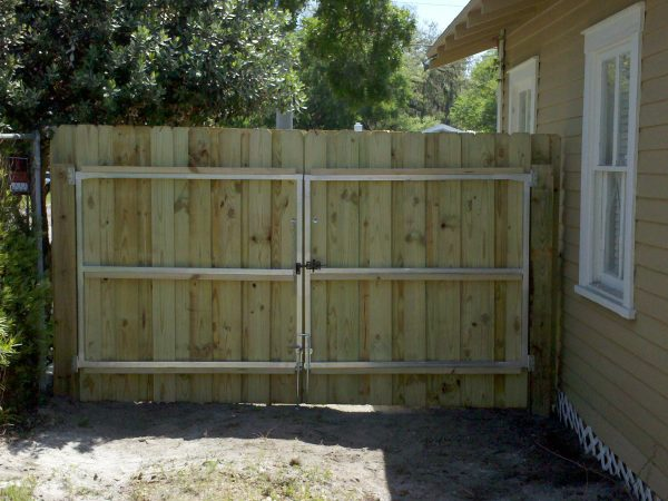 Popular Building A Fence Gate Wood Fencing Medium