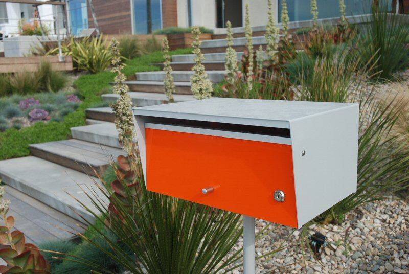 popular mid century modern mailbox design and color options