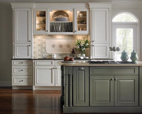 Popular Schuler Cabinet Gallery Traditional Kitchen Chicago Medium
