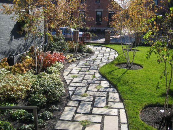 Search 75 Walkway Ideas   Designs Brick Paver   Flagstone Medium