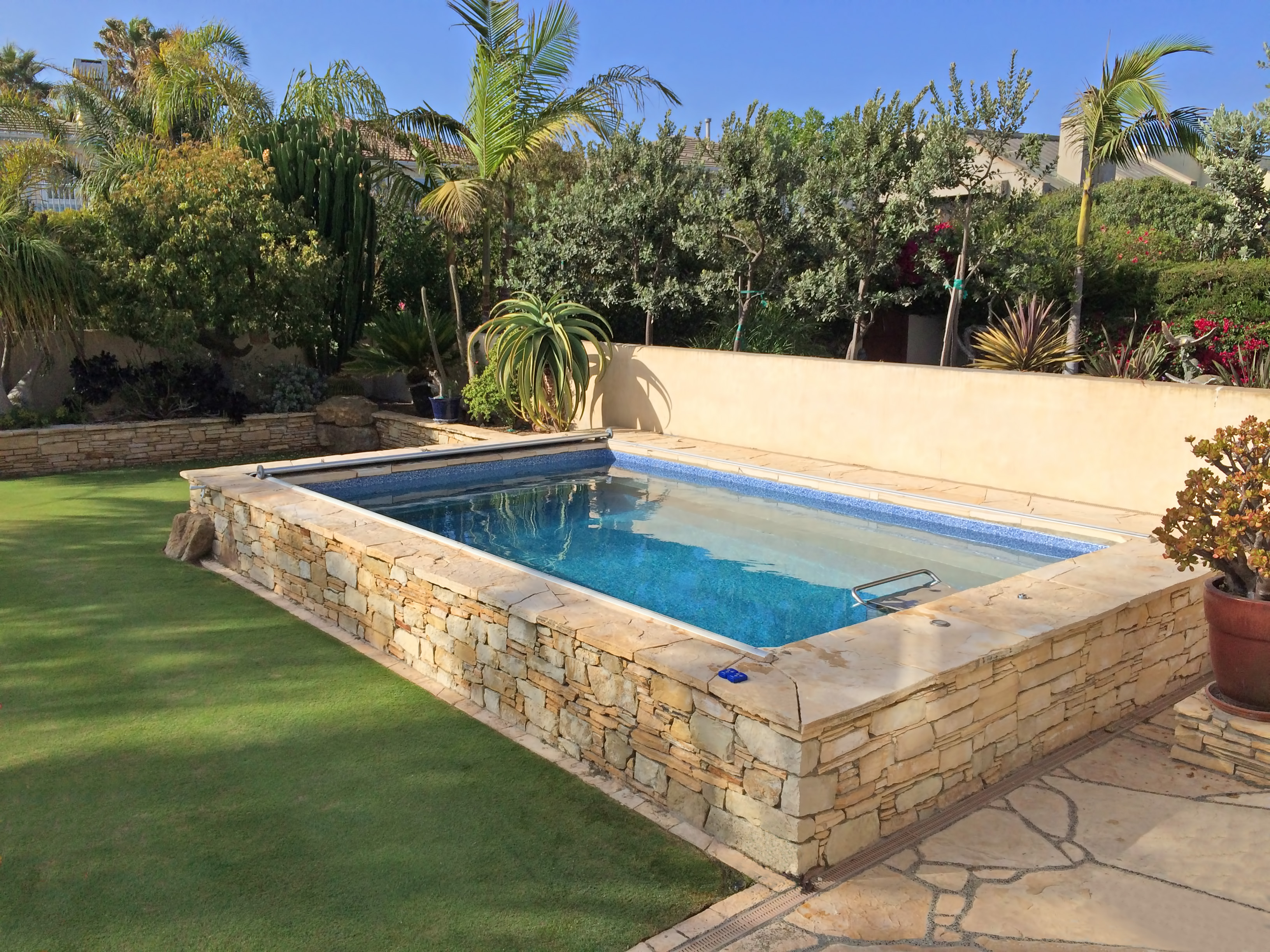 simply awesome above ground plunge pool designs for home swimming