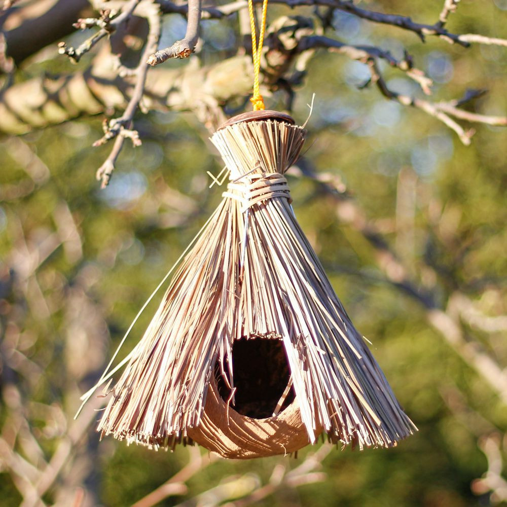 style natural straw birdhouse
